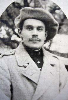 101-1916 dans Poésie